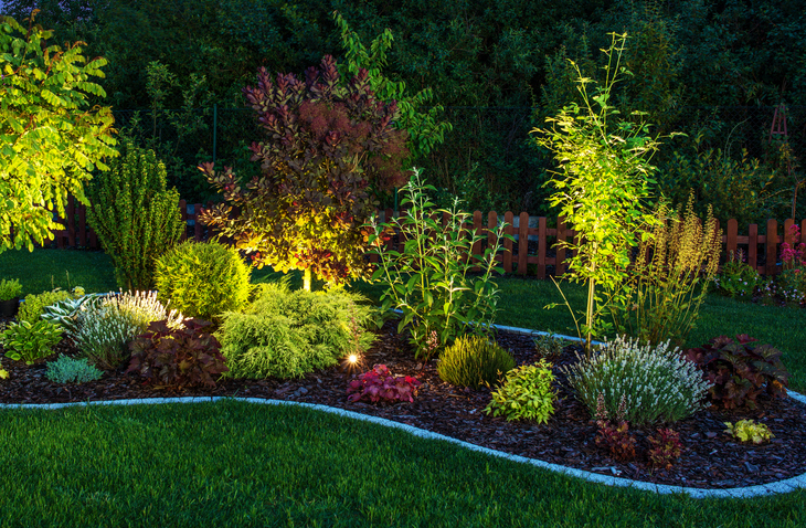 Planting bed with outdoor lighting